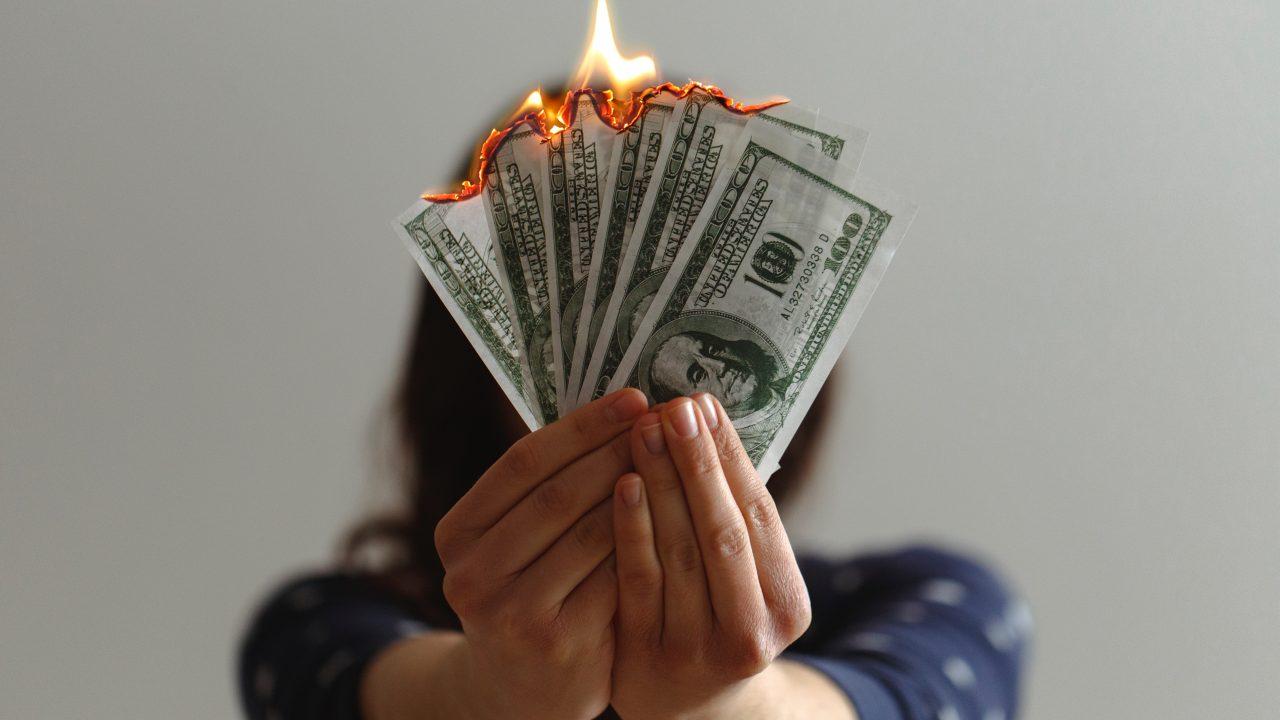【体験談】パパ活は金銭感覚が麻痺する!?男性パパ、パパ活女子目線では麻痺の仕方が違う