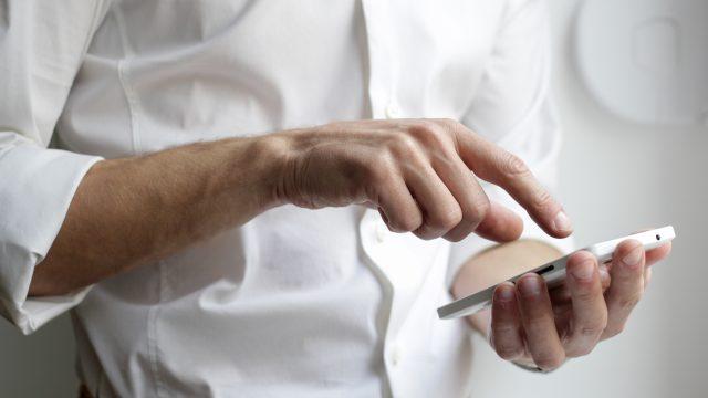 パパ活体験談「サイトやアプリは長期契約で使う?1ヶ月単位の短期で使う?」