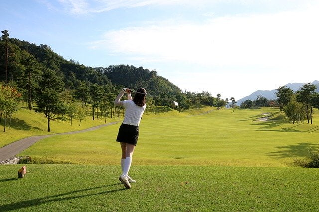 ゴルフ好きな女性